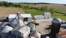 First-gen Indiana farmer has got it growing on!