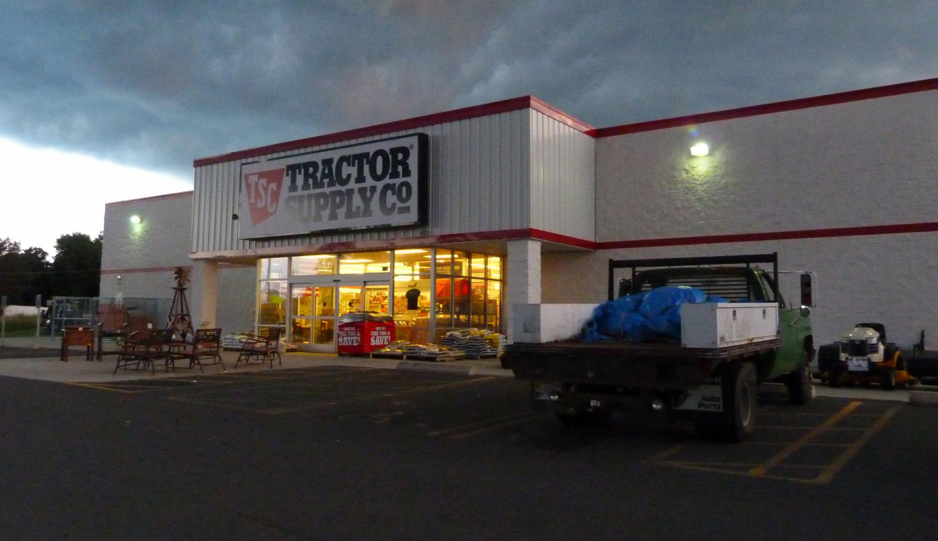 Watch Top Gear Online >> Online shoppers prefer Tractor Supply web over Amazon ...