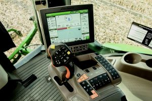 The new John Deere CommandViewTM III Cab includes a redesigned CommandARMTM that features a multi-function handle to give operators additional ways to customize their work environment.