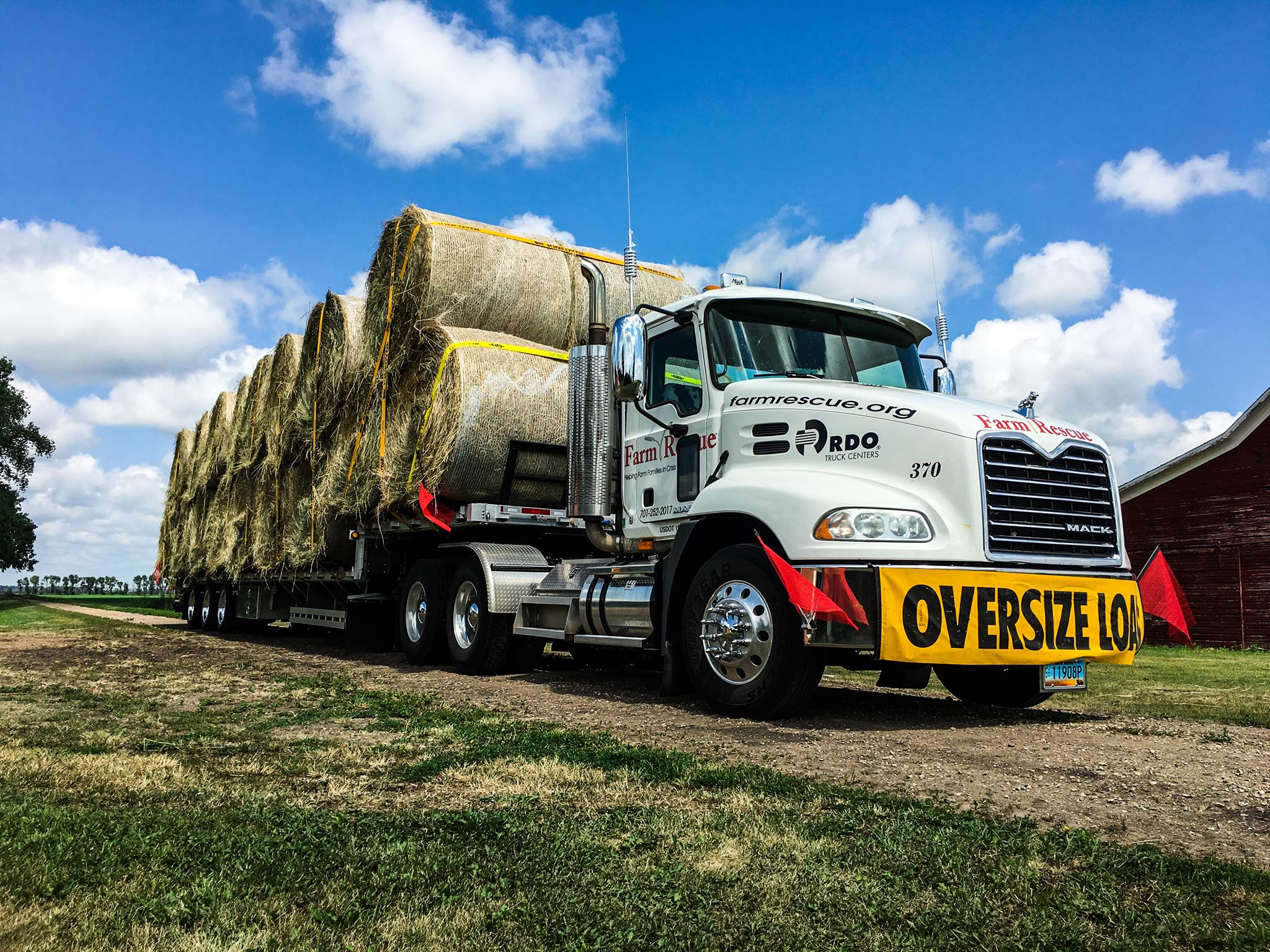 Hay Lift For Truck : Operation hay lift delivers more than loads agdaily