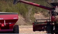 Minnesota farmer gets harvest help after combine accident